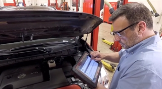 Target the issue by focusing on the detail you need for the specific fault code and vehicle with Snap-on Intelligent Diagnostics software live on ZEUS.